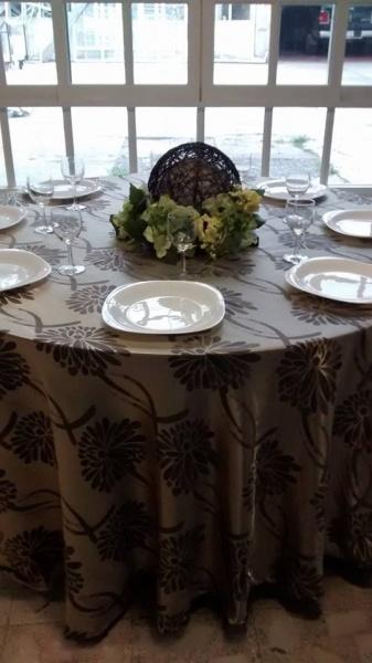Mesas sillas manteles lonas industriales y comerciales s a de c v - Mantel para mesa exterior ...